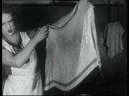 Barnängen Tomtens skurpulver – Nygift och oerfaren