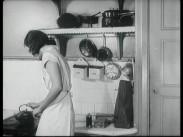 Barnängen Tomtens skurpulver – Kökskonseljen