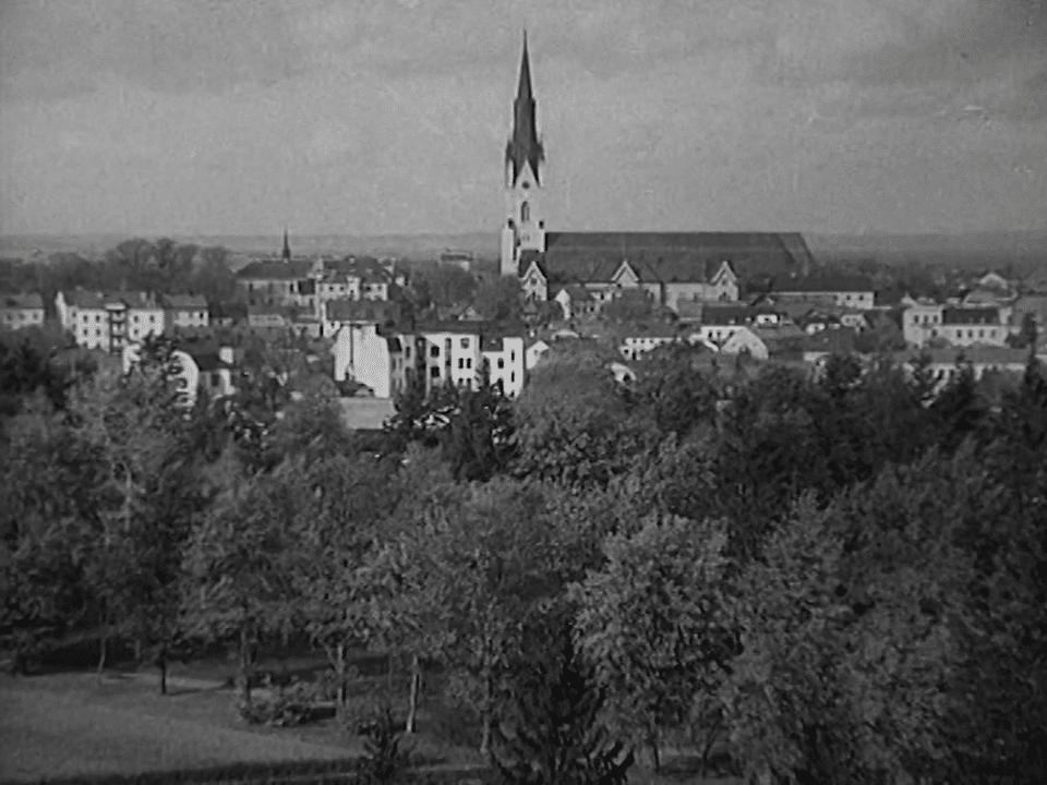 Vy över Linköping med domkyrkan i fonden.